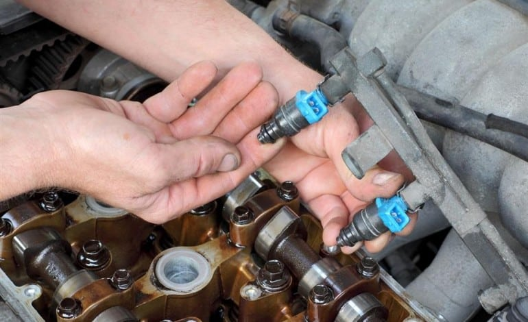 What are the Symptoms of Bad Fuel Injectors?