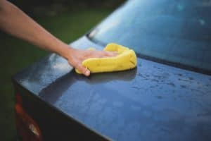Read more about the article 7 Mistakes People Make When Detailing Their Cars